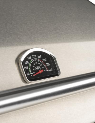 BBQ_Detail_Ligorio Top_Thermometer.46f0dca0