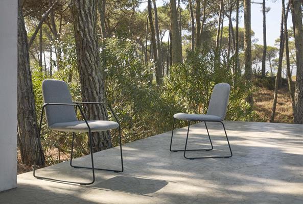 chaise-loop-blanc-lotus-smokey-110 (Copy)