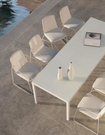 chaise-loop-blanc-lotus-smokey-16 (Copy)